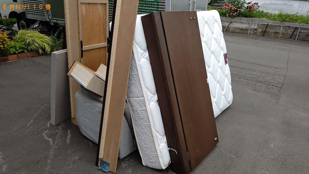 【札幌市清田区】ソファー、ダブルベッド、カー用品等の回収・処分
