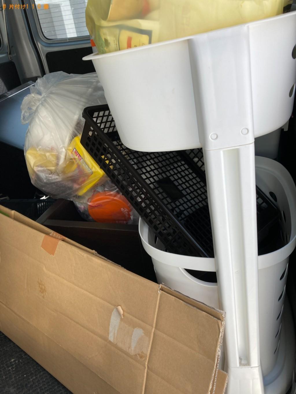 カラーボックス、テレビ台、洗濯かご、ゴミ箱等の回収