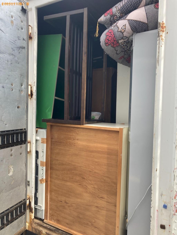 【札幌市豊平区】冷蔵庫、洗濯機、本棚、三人掛けソファー等の回収